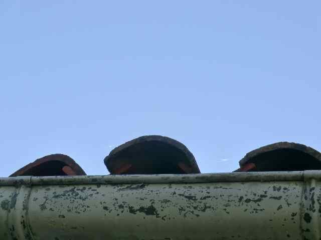 Durée de vie d'une toiture ? Tuiles canal qui glissent