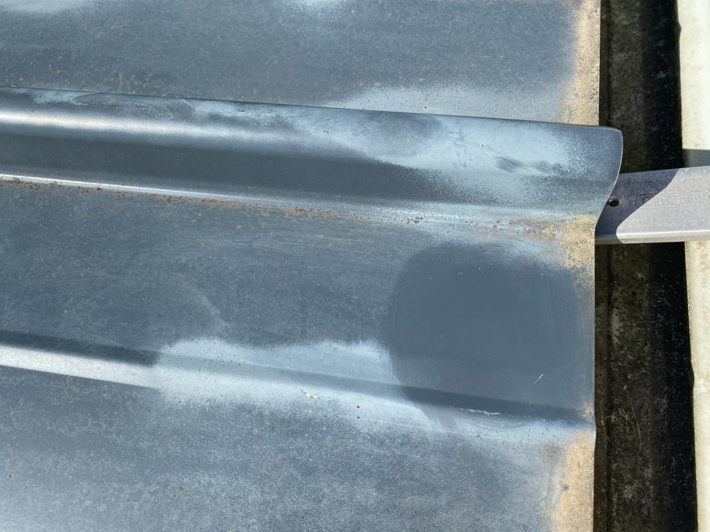 Taches blanches sur bac acier