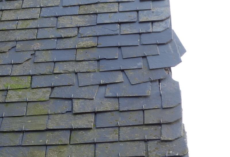 Avis sur une toiture ardoise: rénovation nécessaire ?