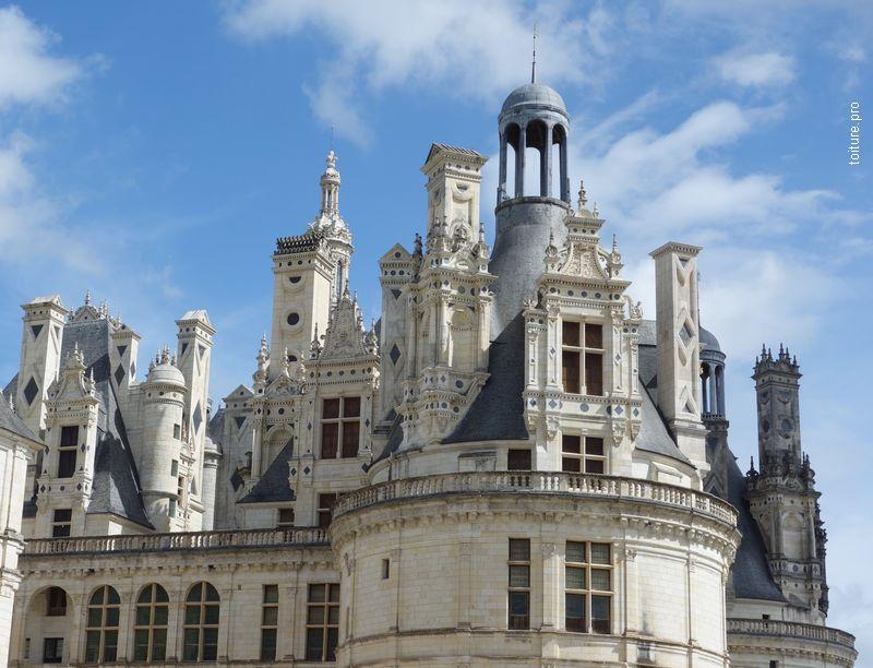 [Polémique] Faut-il rénover la toiture de Chambord ?