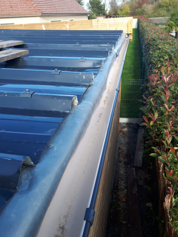 Gros problème de raccord toit / gouttière